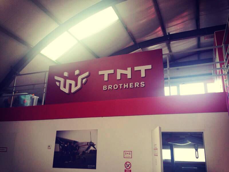 litere-volumetrice-din-polistiren-tnt-brothers